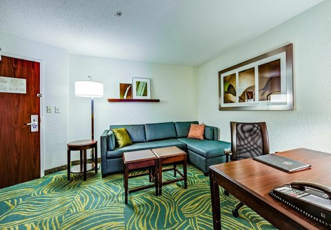 SpringHill Suites Dayton South/Miamisburg - Suite Living Area