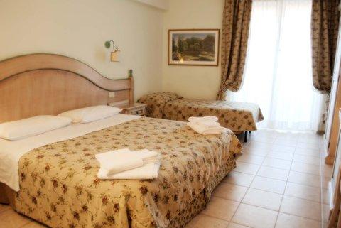 Park Hotel Colle Degli Angeli - Triple Room