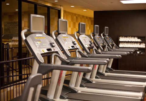 Courtyard By Marriott Austin Downtown/Convention Center Hotel - Fitness Center