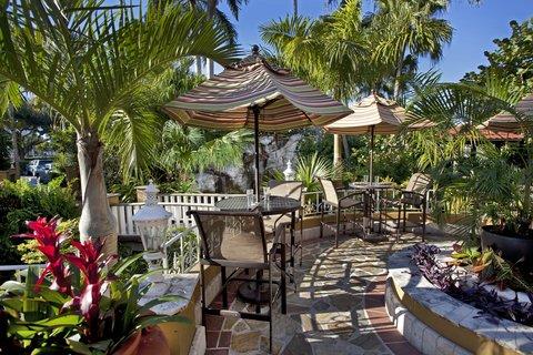 Embassy Suites Fort Lauderdale - 17th Street - The Veranda