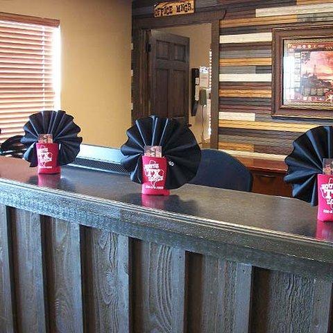 South Texas Lodge Carrizo Spri - South Texas Lodge Carrizo Springs Lobby