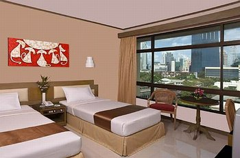 Pinnacle Lumpinee Hotel Bangkok - Room