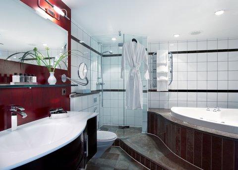 Gothia Towers - Senior Suite Bathroom Gothia Towers Gothenburg