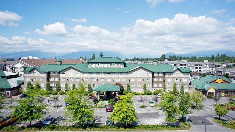 Sandman Hotel Langley 外景