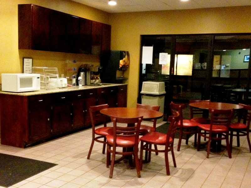 Americas Best Value Inn - Franklin, OH