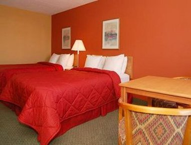 Ramada Albuquerque Airport - 2 Double Bed Room