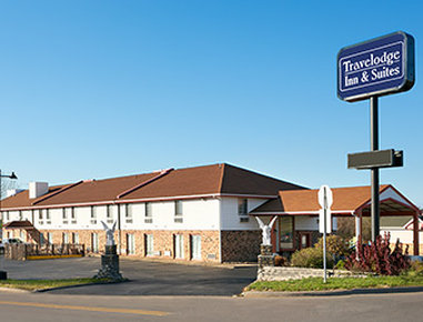 TRAVELODGE INN AND SUITES MUSC