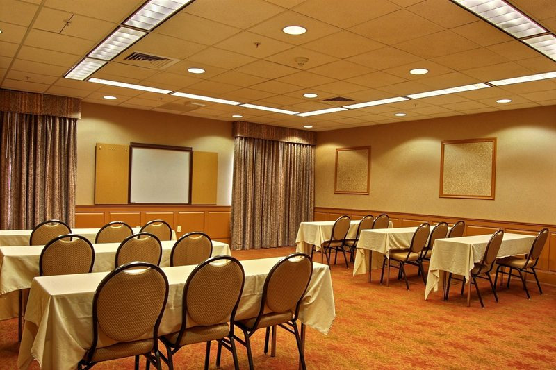 Holiday Inn Express Hotel & Suites Providence-Woonsocket Sala de conferências