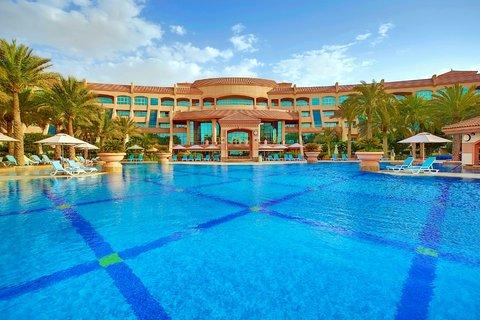 Al Raha Beach Hotel Abu Dhabi - Temperature Controlled Pool
