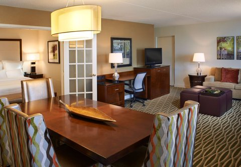 Marriott Charleston Town Center Hotel - One-Bedroom Suite