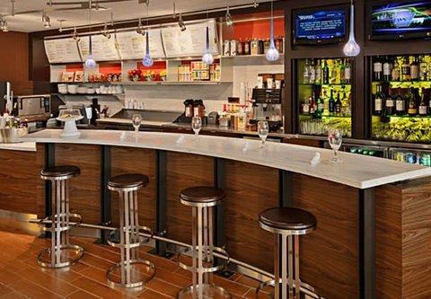 Courtyard Harrisburg Hershey - The Bistro Bar