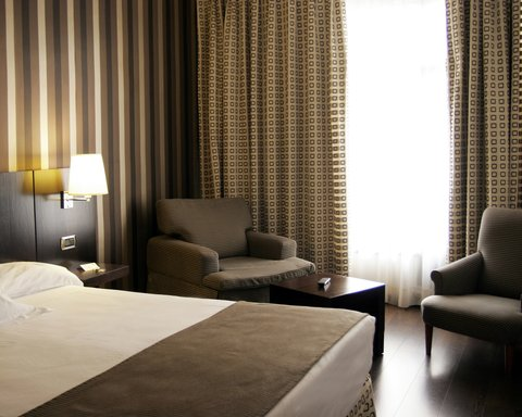 BEST WESTERN Hotel Conde Duque - Guest Room