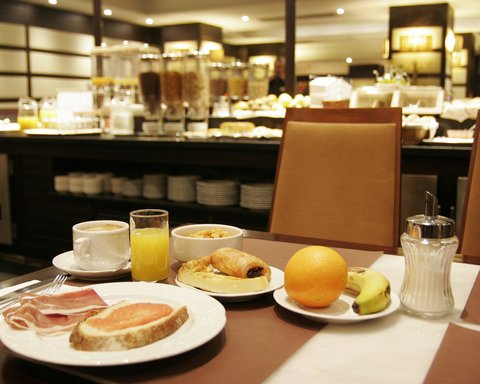 BEST WESTERN Hotel Conde Duque - Breakfast area