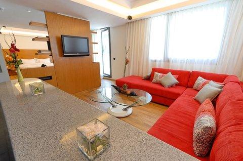 JM Suites Hotel - Lobby