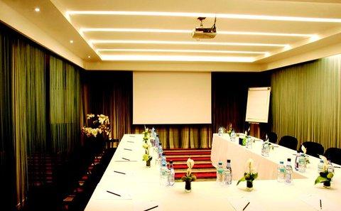 JM Suites Hotel - Meeting Room