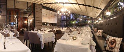 JM Suites Hotel - Restaurant