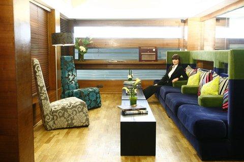 JM Suites Hotel - Bar