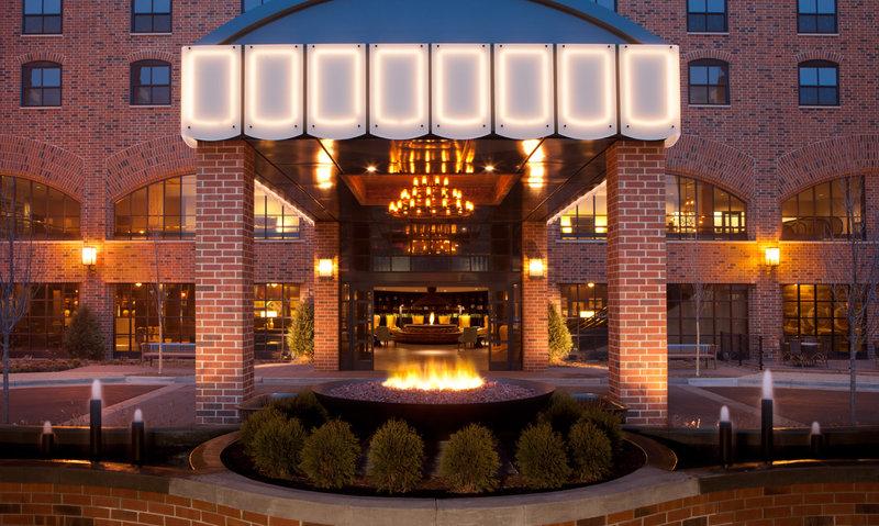 Commons Hotel - Minneapolis, MN