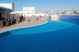 Stay Fresh Enjoy Dubai's sun with controlled pool temprature