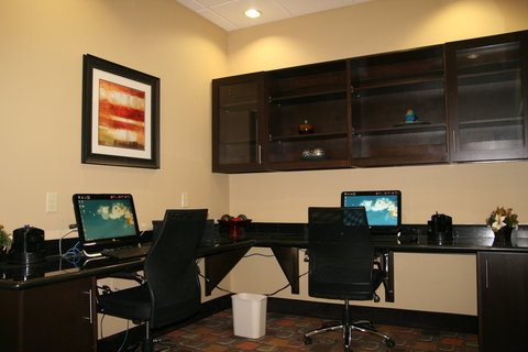 Holiday Inn Express & Suites GEORGE WEST - 24 Hour Business Center