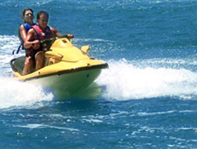 BEST WESTERN Key Ambassador Resort Inn - Jet Skiing