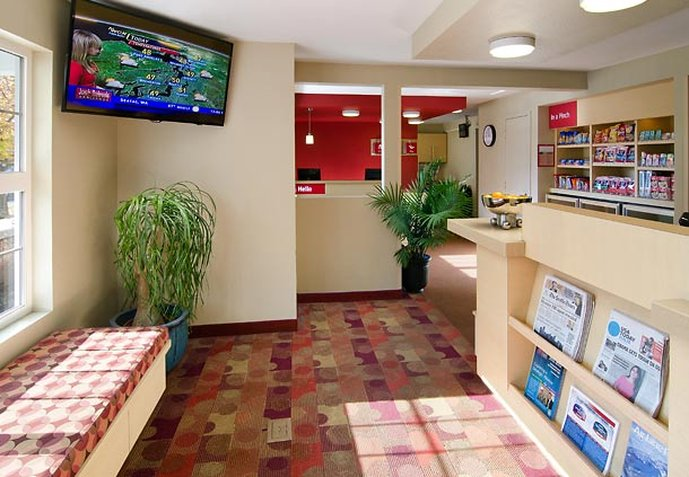 TownePlace Suites Seattle South-Renton Lobby