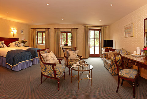 Greenhills Country Hotel - Superior Twin