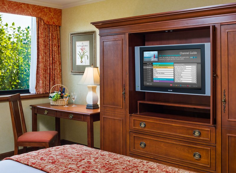 The Radnor Hotel - Wayne, PA