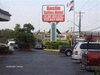 Austin Suites Hotel - Exterior