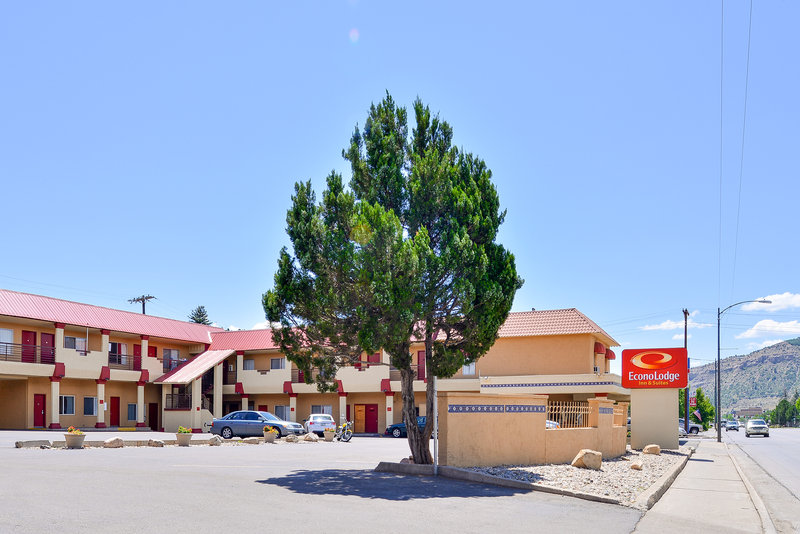 ECONO LODGE INN AND SUITES DUR