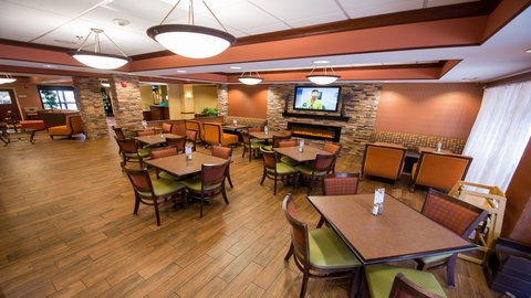 Holiday Inn Express Hotel & Suites Centerville - Breakfast Area
