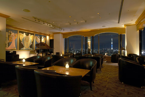 Hotel East 21 Tokyo - Cocktail Lounge Panorama
