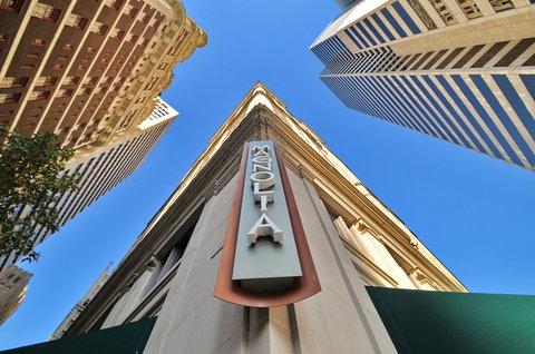 The Magnolia Hotel Dallas - Exterior Sign A