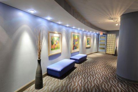 The Magnolia Hotel Dallas - Fittness Entry