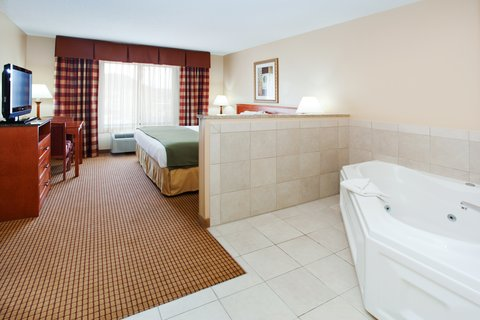 Holiday Inn Express GLENWOOD SPRINGS (ASPEN AREA) - Jacuzzi Suite