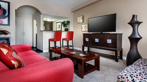 Holiday Inn Resort GALVESTON-ON THE BEACH - Suite Living Room