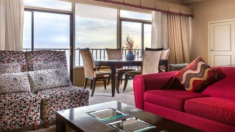 Holiday Inn Resort GALVESTON-ON THE BEACH - Suite Dining Area