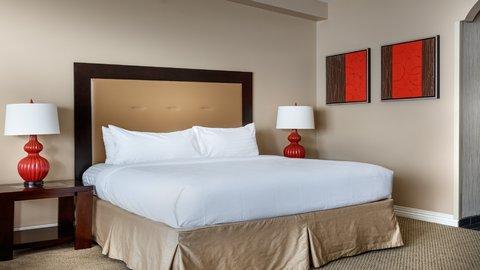 Holiday Inn Resort GALVESTON-ON THE BEACH - Suite Bedroom