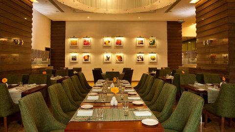 Holiday Inn COCHIN - Masala at Holiday Inn Cochin serves International   Indian Cuisine