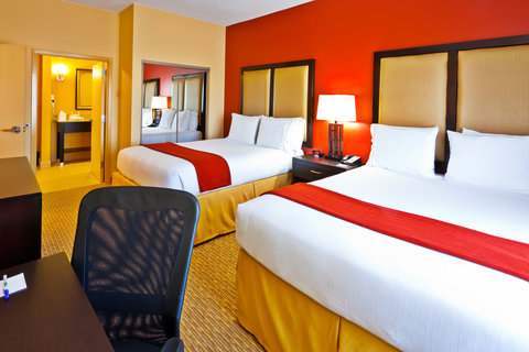 Holiday Inn Express & Suites NASHVILLE-OPRYLAND - Suite