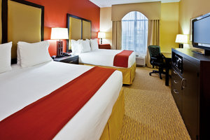 Room - Holiday Inn Express Hotel & Suites Nashville