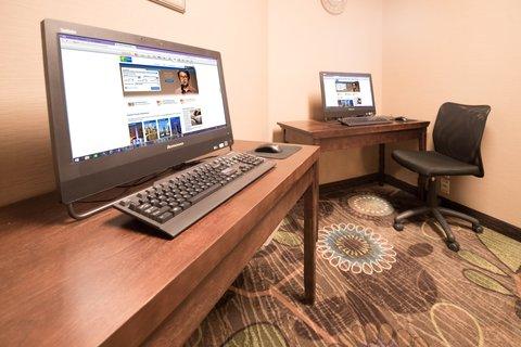 甘尼森快捷假日套房酒店 - Complimentary Business Center