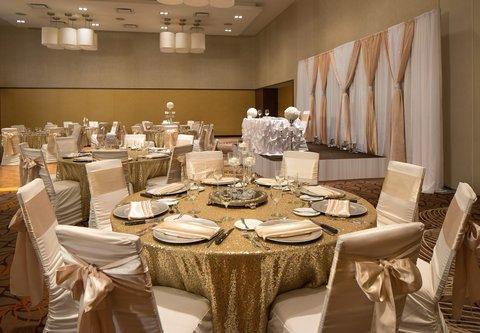Courtyard By Marriott Calgary Airport Hotel - Weddings in Calgary