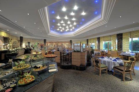 吉达洲际酒店 - Al Ferdaus Restaurant