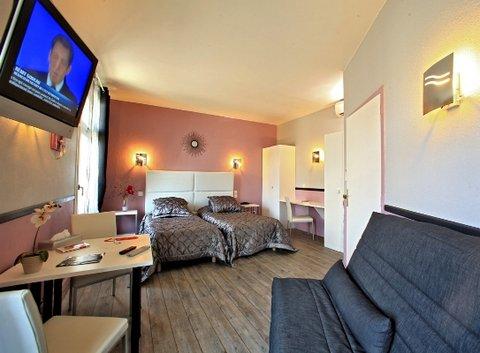 De Bordeaux Hotel - Triple Room