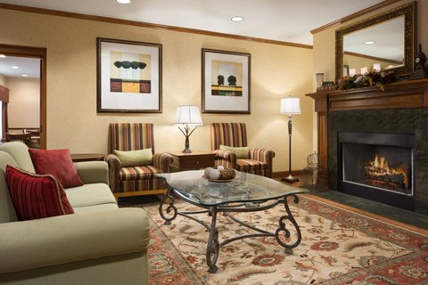 Country Inn & Suites By Carlson Anderson - Lobby