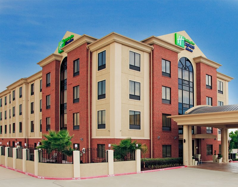 HOLIDAY INN EXP STES LA PORTE