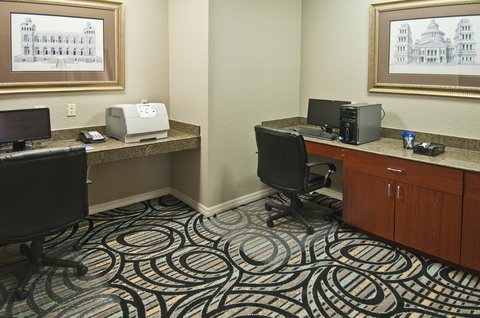 Holiday Inn Express Hotel & Suites Lake Charles - Business Center