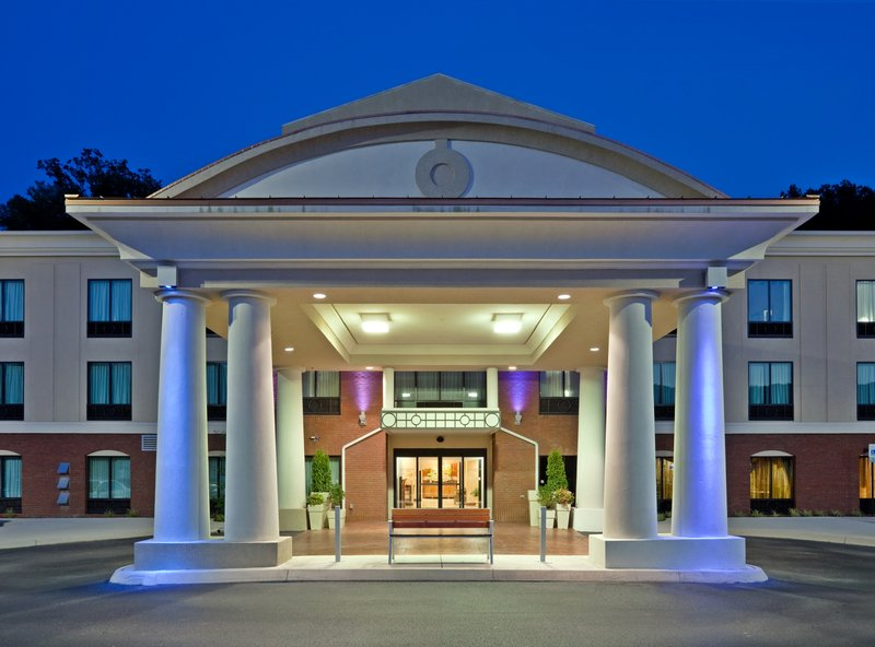HOLIDAY INN EXP STES HARRIMAN