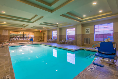 Holiday Inn Express Hotel & Suites Clovis - Swimming Pool
